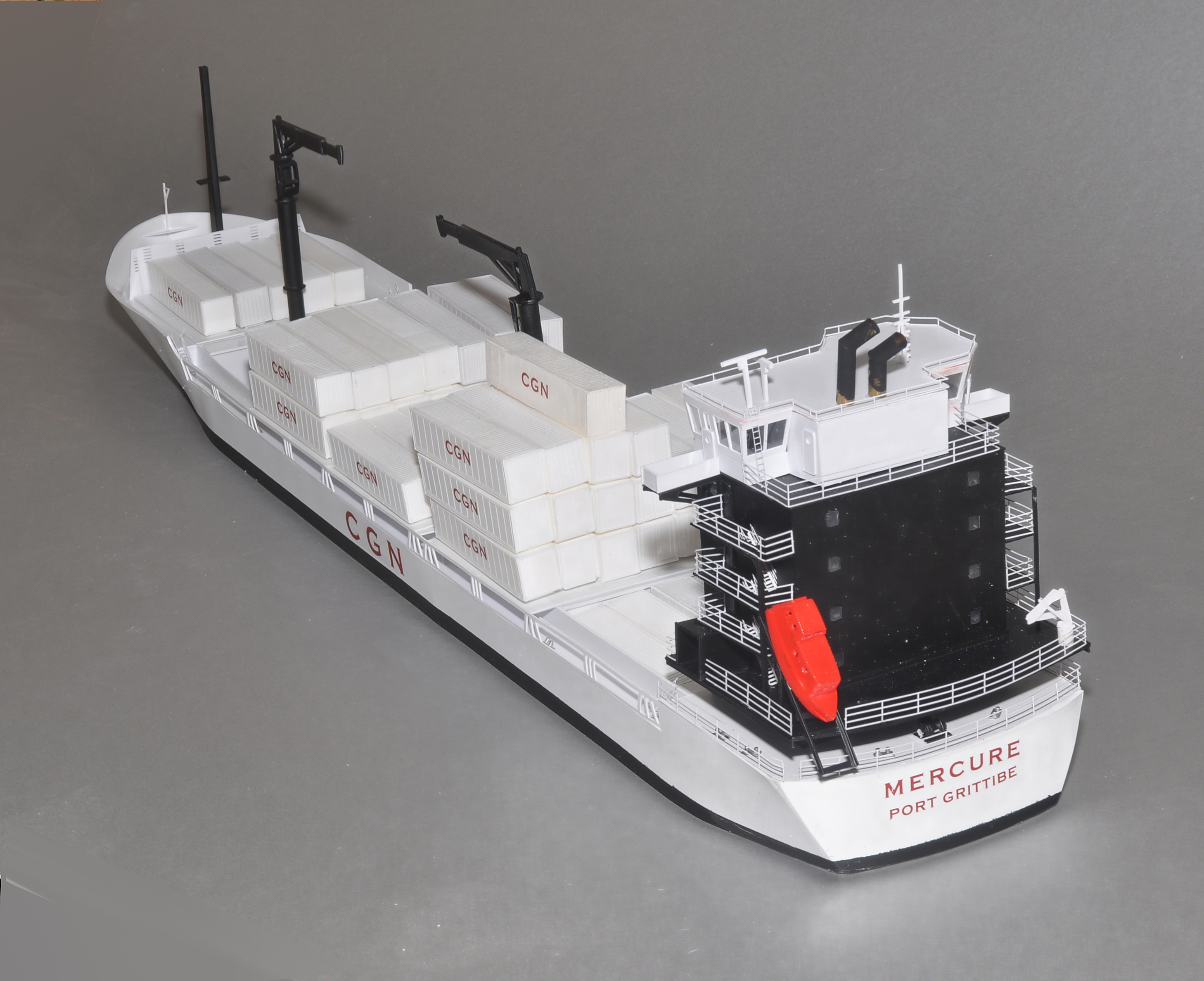 375′ Modern Feeder Container Ship   N Scale Ships